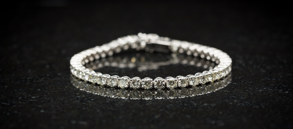Diamond tennis bracelet, N.J. Geddes Fine Jewellery